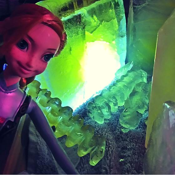 Leuchtwasser Eispalast Anna