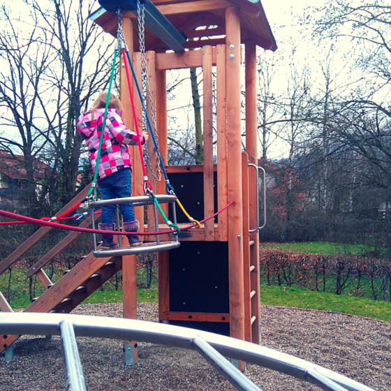 Gondel mit Seilzeug Spielplatz