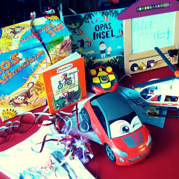 Kindergeburtstag Geschenketisch