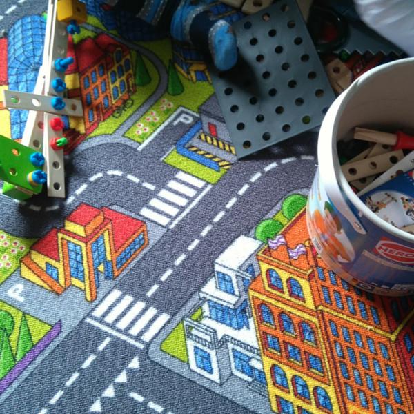 Spielen im Kinderzimmer