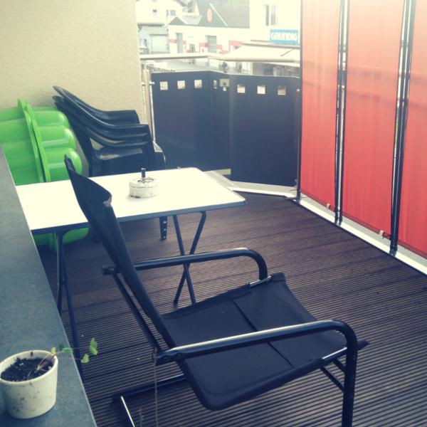 Balkon Sperrmüll-Stuhl