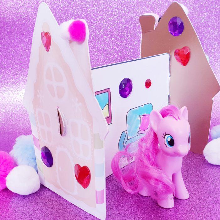 Papierschloss für Spielfiguren Bastelbogen